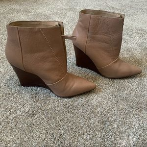 Joes Nude Ankle Wedged Heels Boots